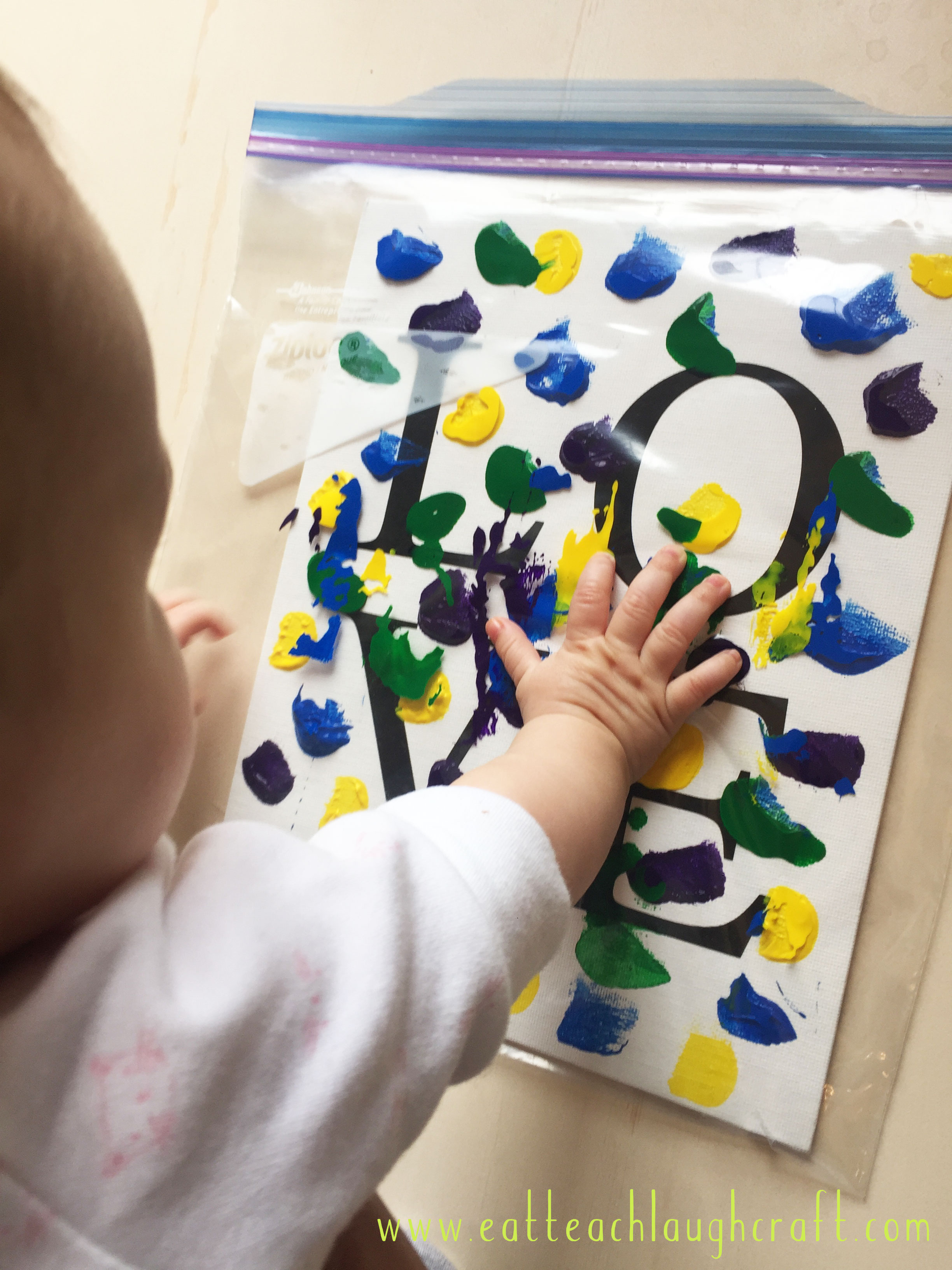 mess free finger painting project for babies toddlers eat teach